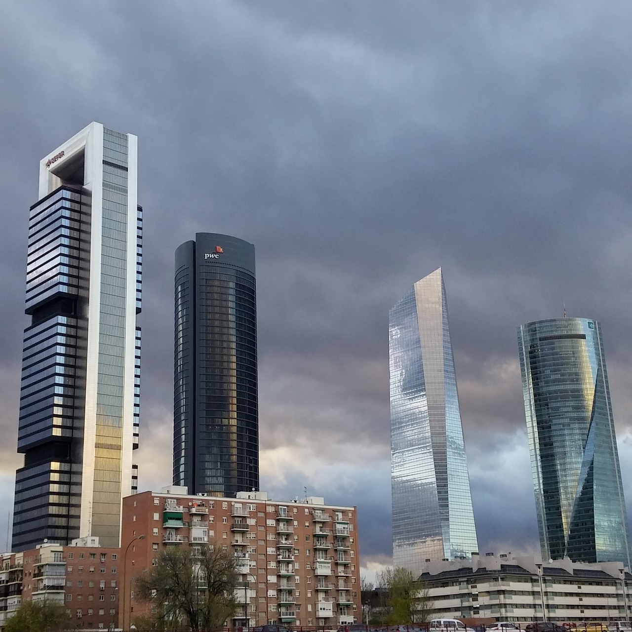 La arquitectura moderna de madrid meraviglia for Arquitectura moderna