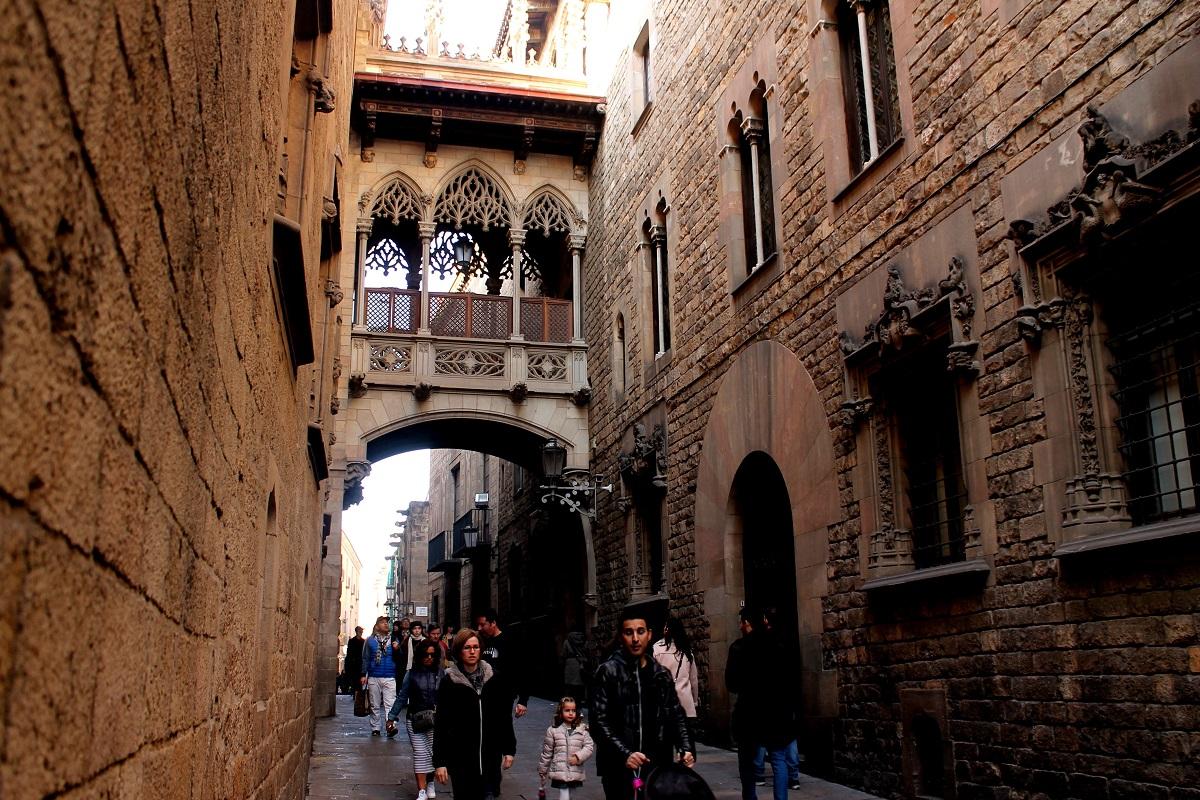 barro gotico barcelona invierno