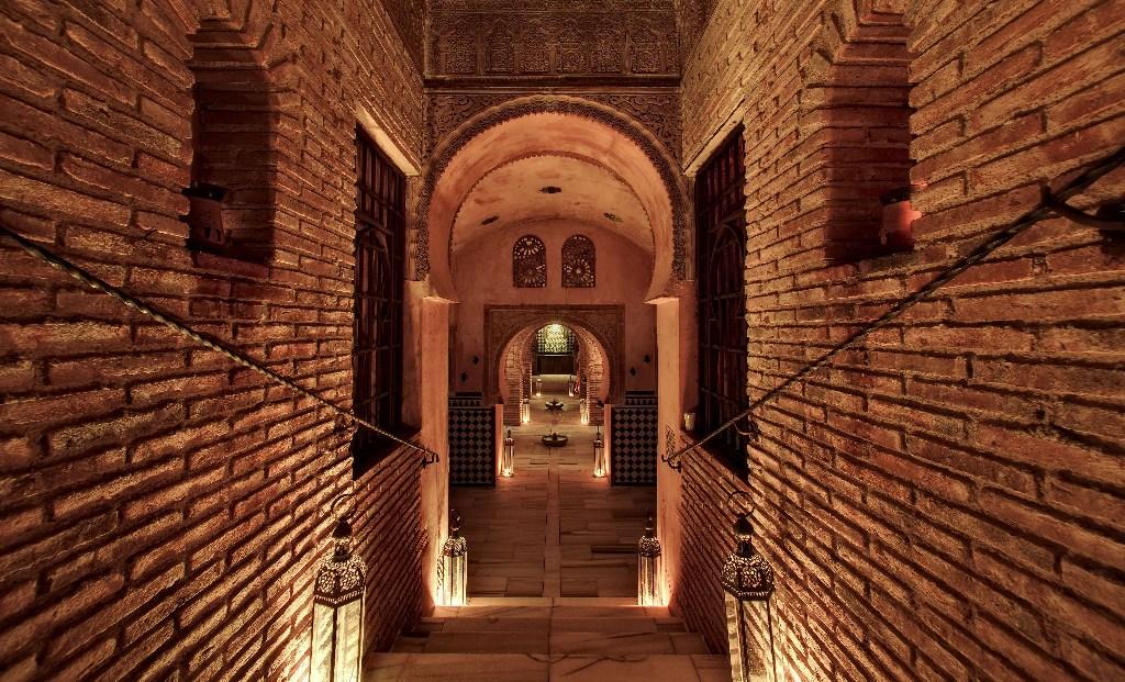 Granada unos ba os rabes propios de la alhambra meraviglia - Banos arabes granada ...