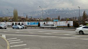 """Los """"taxis"""" de Kazajistán: experiencias surrealistas"""