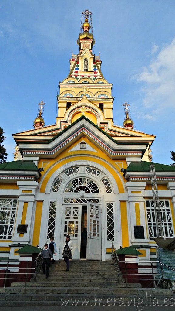 Iglesia de madera de Almaty