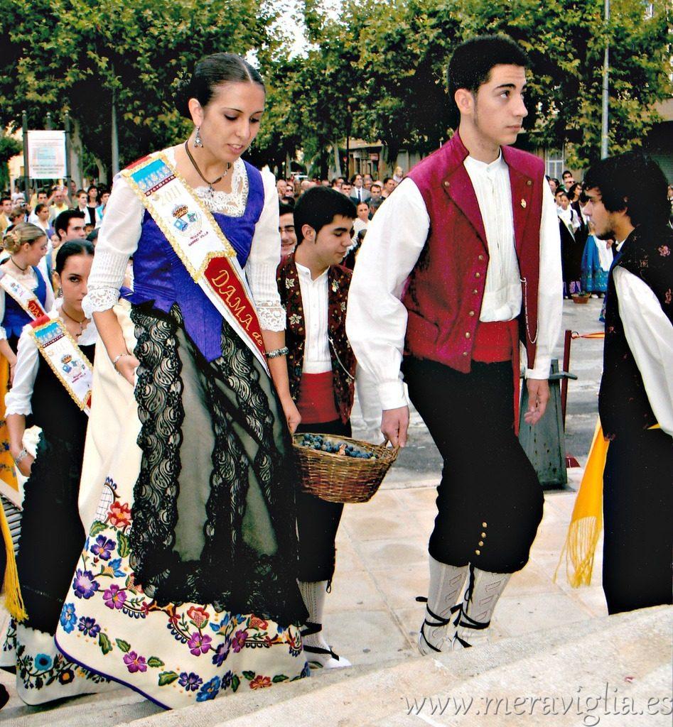 Trajes tipicos Fiesta de la Vendimia, Requena