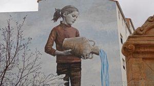 El impresionante arte urbano de Requena, Valencia