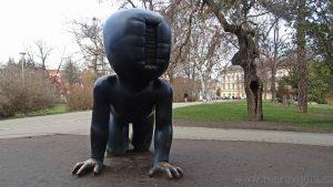 El arte más impactante de Praga: David Czerny