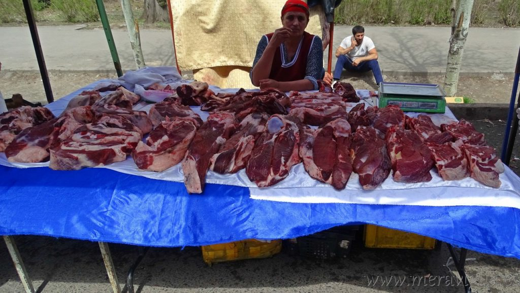 Mercado en Almaty, Kazajistan