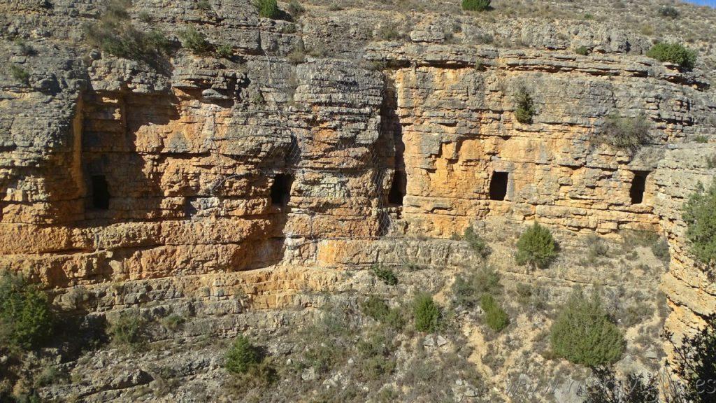 Ventanas del Acueducto Albarracín-Cella