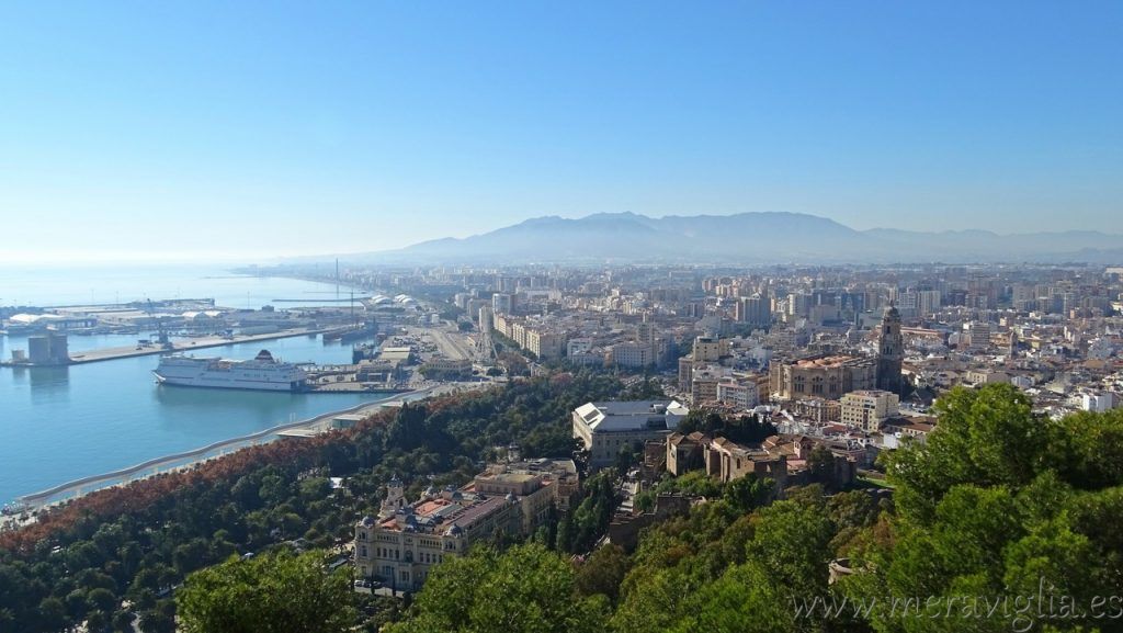 Vistas de Malaga desde el Castillo