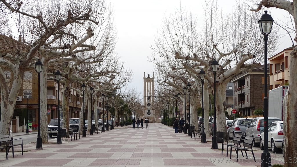 Avenida Arrabal de Requena