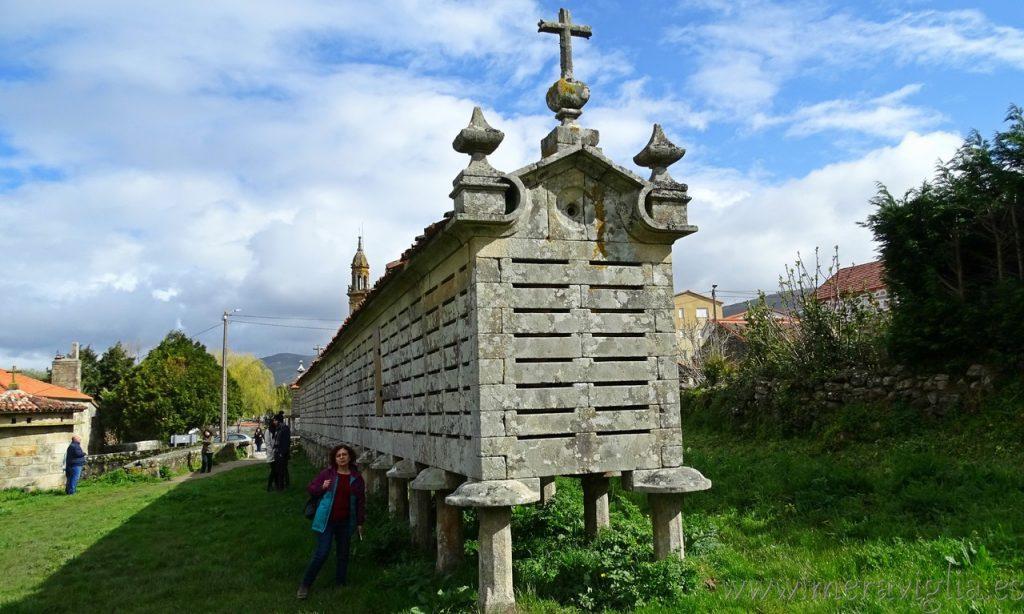 Horreo de Carnota, Galicia