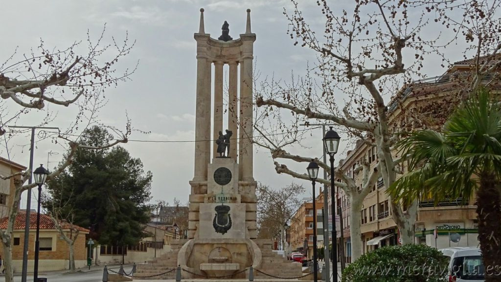 Monumento a la Vendimia Requena