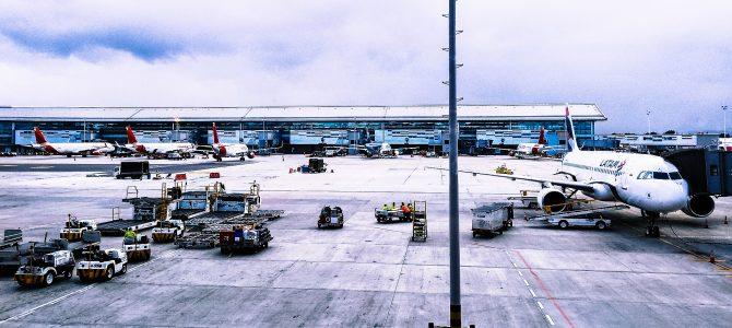 Cómo ir al aeropuerto de Valencia: opciones