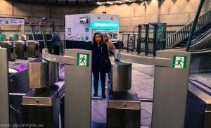 Timo en el metro de París + uso de la Tarjeta Navigo