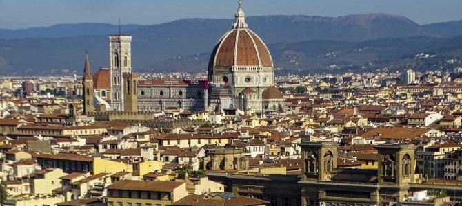 En coche a Florencia: dónde aparcar y cómo librarse de las multas