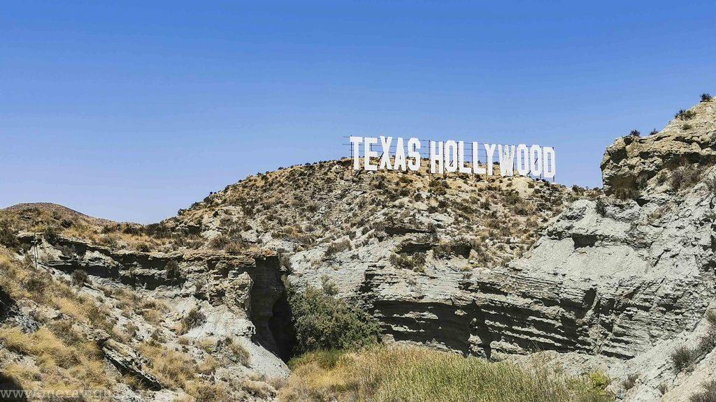 Cartel 'Texsa Hollywood' perteneciente al Fort Bravo, en el Desierto de Tabernas, Almeria